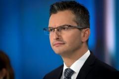 Премьер-министр Словении Марьян Шарец сложил полномочия