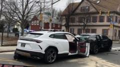 В США столкнулись два угнанных Lamborghini Urus