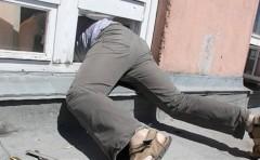 В Таганроге мужчина обокрал знакомого, пока он спал