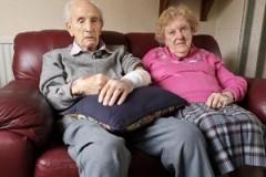 В Британии 102-летний пенсионер отбился от ворвавшегося в дом грабителя