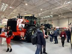 Ростсельмаш презентует трактор к 75-летию Великой Победы