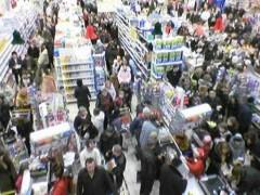 В Госдуме намерены ограничить рост цен на продукты «кризисной корзины»