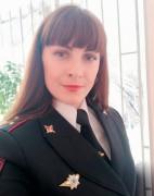 Сотрудница транспортной полиции спасла жизнь девушке