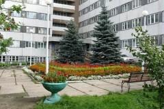 Заместитель главврача Красноярского краевого госпиталя для ветеранов войн выпала из окна