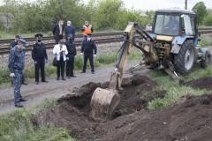 Таганрогские полицейские приняли участие в раскопках бронепоезда