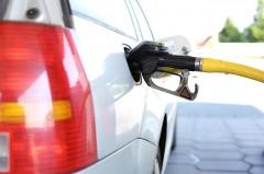 Впервые в России бензин на АЗС начали продавать в рассрочку