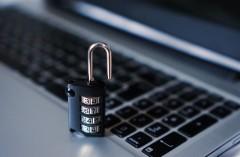 Хакеры взломали защиту всех существующих iPhone