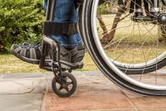 Выдачу инвалидам технических средств реабилитации упростят