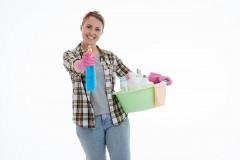 Опрос показал, что 48% россиян часто проводят уборку у себя дома