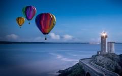 В Большом Сочи эвакуировали на берег пилота воздушного шара, совершившего посадку в море