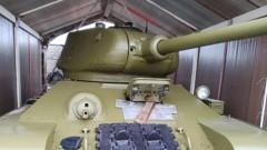 Житель Москвы продает на Avito танк Т-34