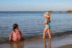 Эксперты требуют срочного открытия детских здравниц и лагерей