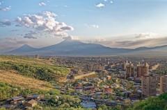 Трое армянских военных получили легкие ранения на границе с Азербайджаном