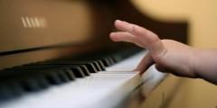 Музыкальные школы Анапы получили более 8 млн рублей на инструменты