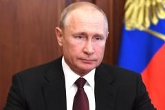 Владимир Путин: ситуация с COVID-19 может качнуться в любую сторону