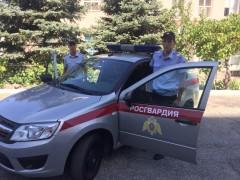 В Новороссийске росгвардейцы помогли годовалому ребёнку, получившему травму головы