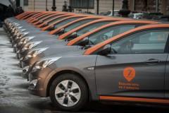 В Москве трое подростков угнали каршеринговые авто и попали в ДТП