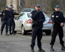 В Польше школьница напала с кухонными ножами на одноклассников