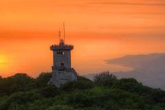 Сказочная башня на горе Ахун