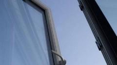 В Пензе из окна восьмого этажа выпал девятилетний школьник