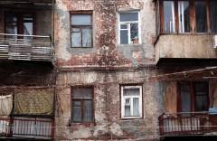 Расселение граждан из аварийного жилья ускорят - депутат