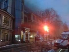 В подмосковных Люберцах загорелся трехэтажный ресторан