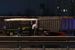 При ДТП с военной колонной под Москвой пострадали 50 человек