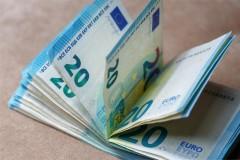 Впервые с 11 января курс евро поднялся выше 91 рубля
