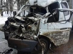 При ДТП на трассе «Адлер–Сочи» водителя «ГАЗели» зажало в кабине