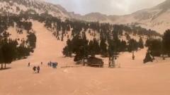 Песок из Сахары из-за сильного ветра окрасил Европу в желтый цвет