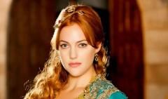 Россиянки хотят быть похожи на Скарлетт О'Хара, Дану Скалли и Хюррем Султан