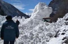 Лавина сошла на туристов на горнолыжном склоне в Бурятии