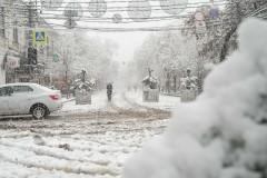 Мощный снегопад парализовал Краснодар