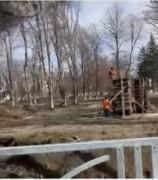 В Невинномысске продолжается ремонт сквера по улице Маяковского