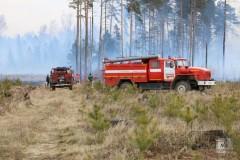 В Липецке, приехав на вызов, сгорела пожарная машина