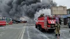 На западе Москвы воспламенилось одно из зданий