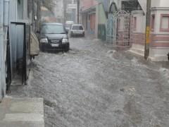 Бельгия уходит под воду после мощного ливня