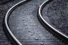 Три девочки-зацепера пострадали от удара тока во время селфи на поезде