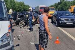 Под Ростовом при массовом ДТП погибли двое взрослых и двое детей