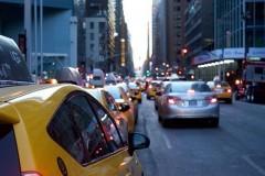Эксперты: страхование автомобилей такси под видом обычных машин набирает обороты