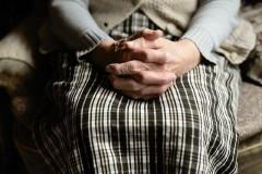 Задушил старушку: в Ипатово мужчина обвиняется в убийстве семилетней давности