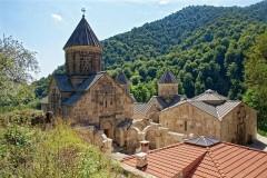 Количество отправлений из России в Армению выросло на 90%