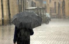 Сильнейший ливень обрушился на Махачкалу