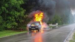 После ДТП в Петербурге загорелось авто с пятью детьми