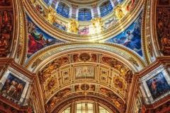 Исаакиевский собор вошел в топ-3 самых популярных достопримечательностей у россиян