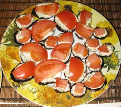 Баклажаны со свежим помидорчиком