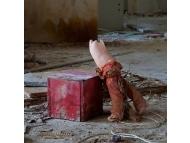 Чернобыльские куклы. Оставленное детство.