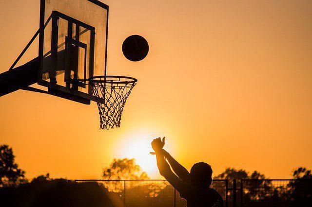 С улицы - в большой спорт
