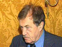Василий Аксенов в реанимации в критическом состоянии