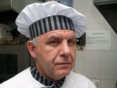 Клубный шеф-повар «Зенита» Камо Татевосян: Дик Адвокаат приучил нас к свежему хлебу и сыру